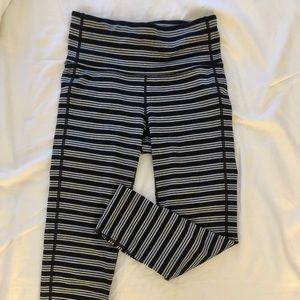 Athleta chaturanga striped crop (black and gray)